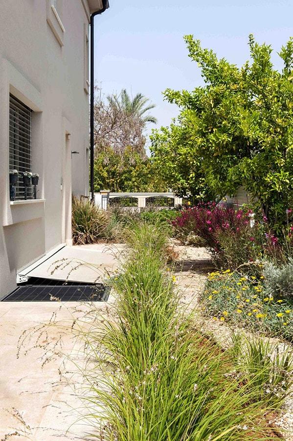 תכנון שביל בגינה